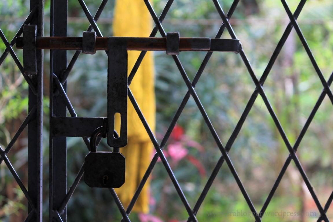 Mundane Monday : Locked