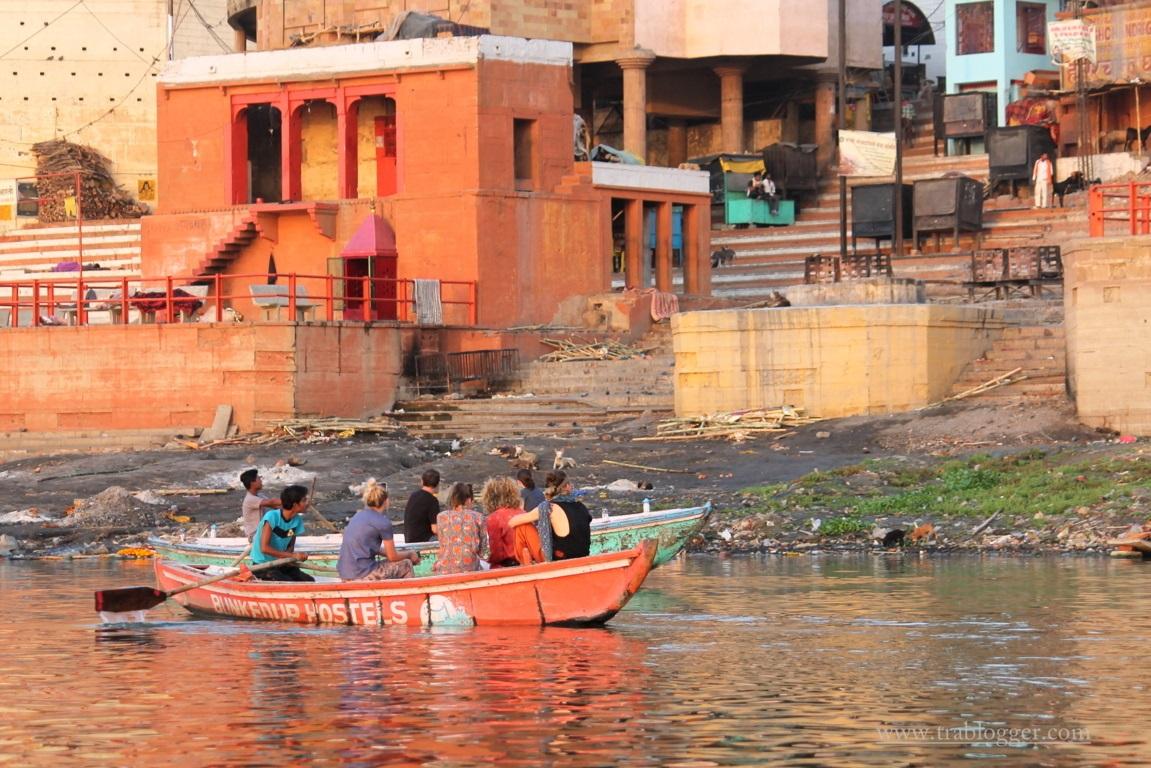 Varanasi tourists