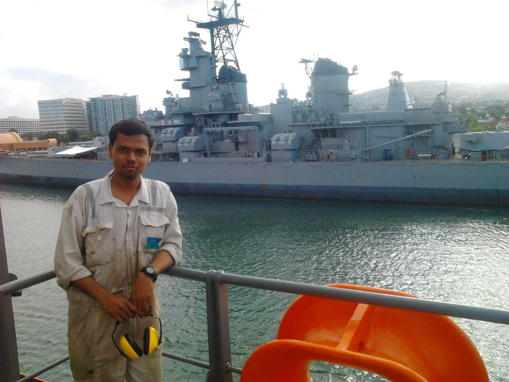 Trablogger Jithin S marine engineer who became travel blogger