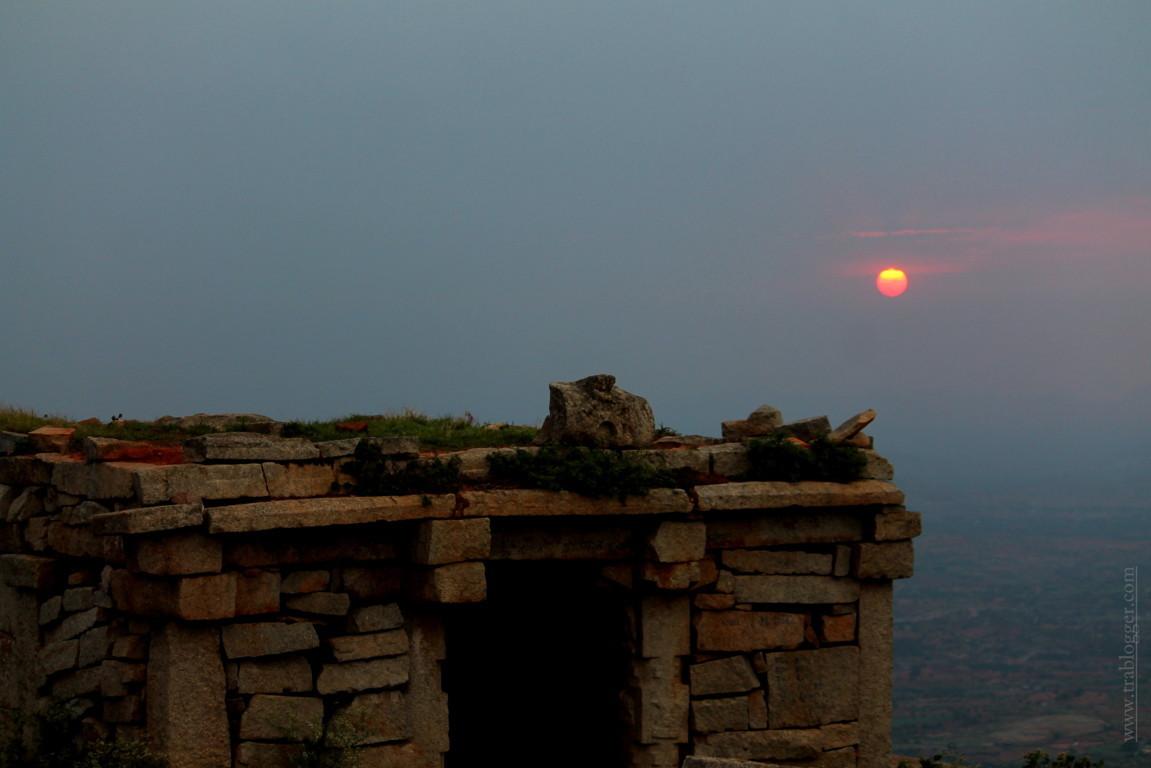 trablogger_ skandagiri sunset