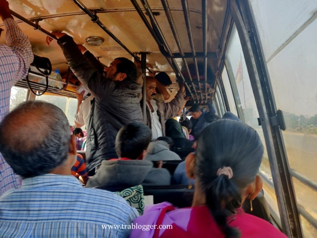 indian bus getting crowded